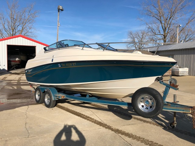 1992 Crownline 210 CCR  for sale at WWW Boat Services
