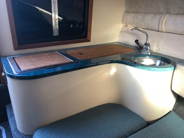 1992 Crownline 210 CCR  for sale at WWW Boat Services Inc.