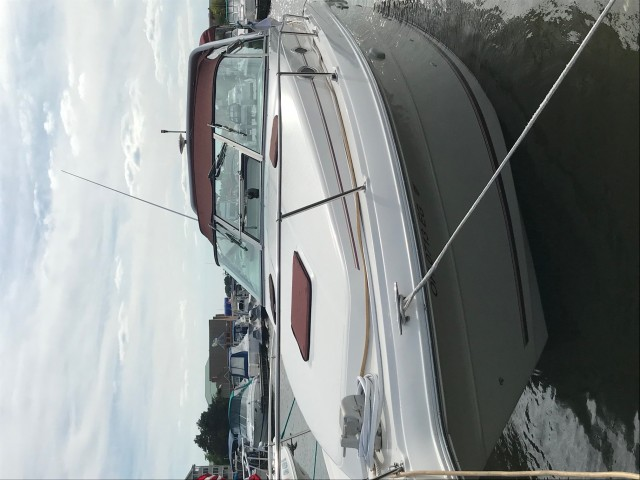 1995 Sea Ray 300 Sundancer  for sale at WWW Boat Services Inc.
