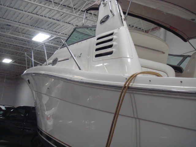 1998 Sea Ray 330 EXPRESS CRUISER  for sale at WWW Boat Services Inc.