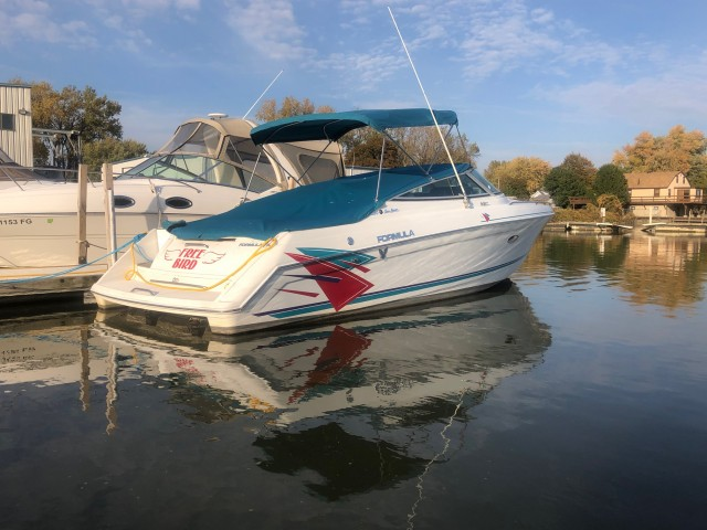 1995 Formula 280 Sun Sport  for sale at WWW Boat Services Inc.