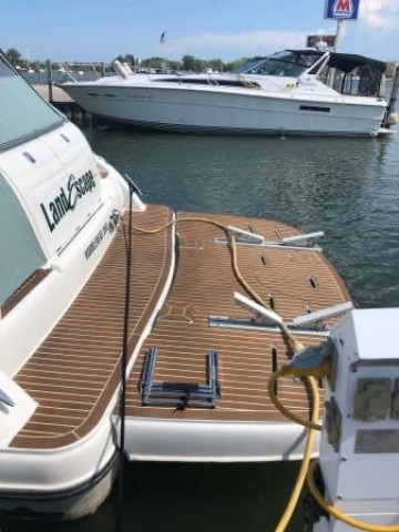 2002 Maxum 4200 Sport Yacht  for sale at WWW Boat Services Inc.