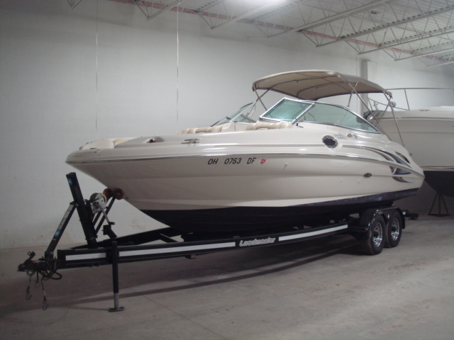 2002 Sea Ray 270 Sundeck for sale at WWW Boat Services Inc