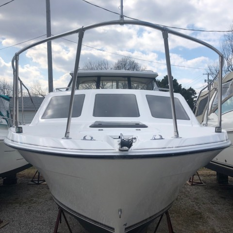1995 Bayliner 2859 Classic  for sale at WWW Boat Services Inc.