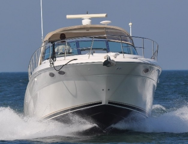 2000 Sea Ray 380 Sundancer  for sale at WWW Boat Services Inc.