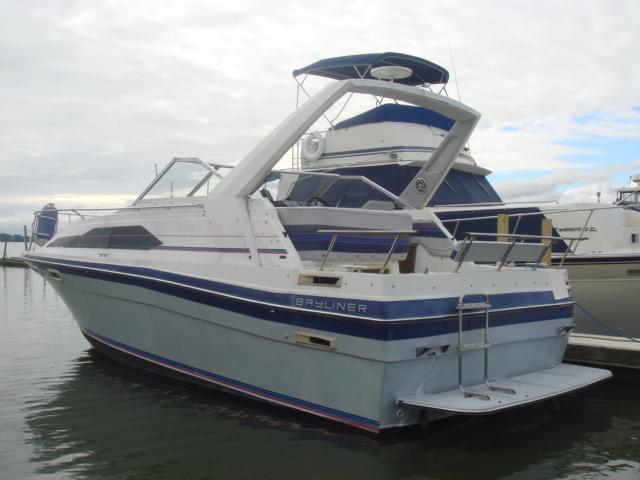 1989 Bayliner 2850 Ciera Sunbridge  for sale at WWW Boat Services Inc.