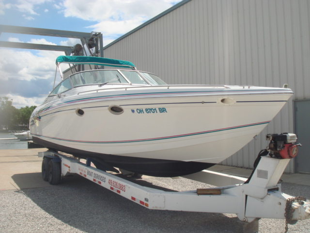 1996 Formula 330 Sun Sport  for sale at WWW Boat Services Inc.