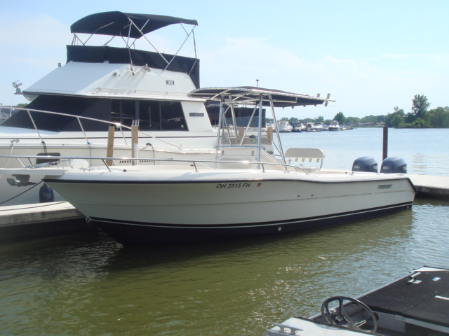 2004 Pursuit 2470  for sale at WWW Boat Services Inc.