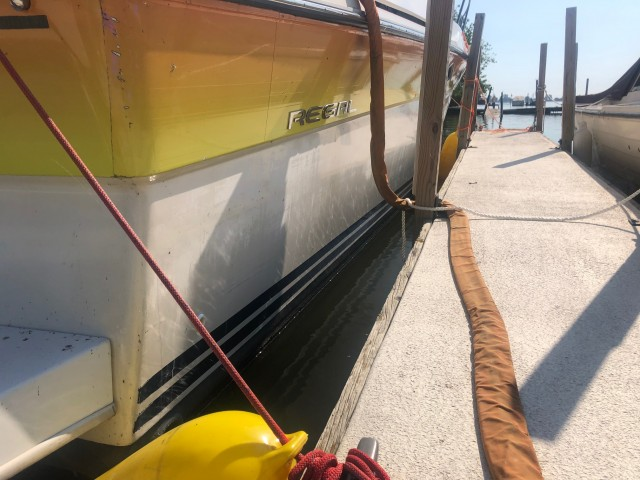 1986 Regal 360 Commodore  for sale at WWW Boat Services Inc.