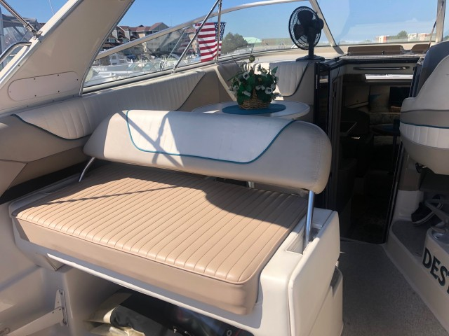 1997 Bayliner 3255 Avanti Sunbridge  for sale at WWW Boat Services Inc.