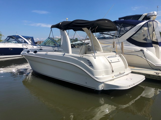 2004 Sea Ray 260 Sundancer  for sale at WWW Boat Services Inc.