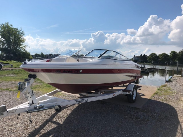 1998 Larson 186 SEI  for sale at WWW Boat Services