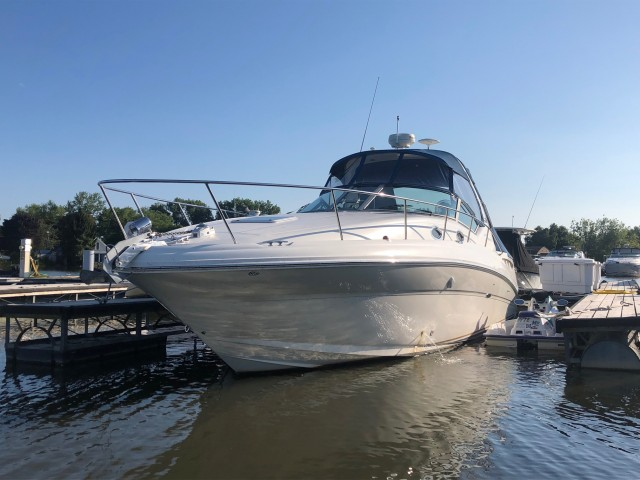 2003 Sea Ray 320 Sundancer  for sale at WWW Boat Services