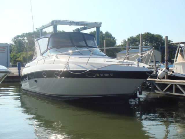 1996 Regal 322 Commodore  for sale at WWW Boat Services Inc.