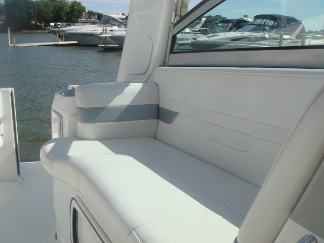 2005 Formula 27 PC  for sale at WWW Boat Services Inc.