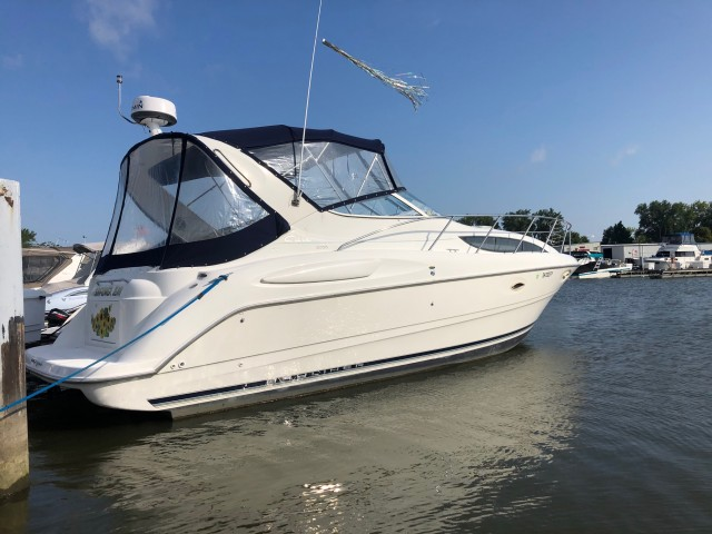 1999 Bayliner 3055 Ciera Sunbridge  for sale at WWW Boat Services Inc.