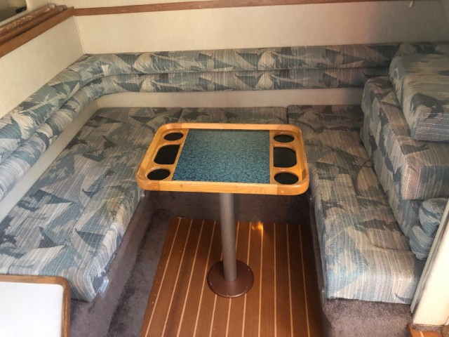 1994 Sea Ray 330 Sundancer  for sale at WWW Boat Services Inc.