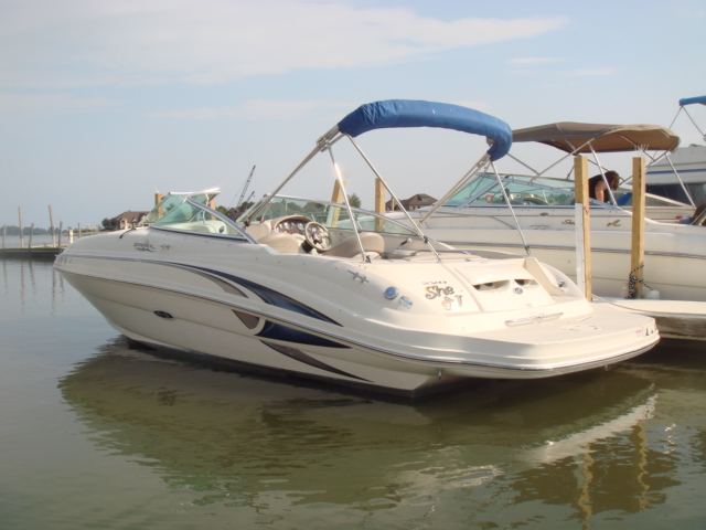 2003 Sea Ray 220 Sundeck  for sale at WWW Boat Services Inc.