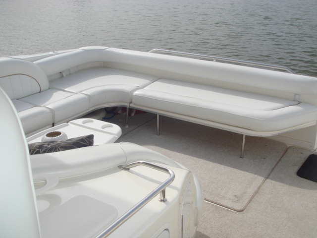 1998 Sea Ray 450 DA  for sale at WWW Boat Services Inc.