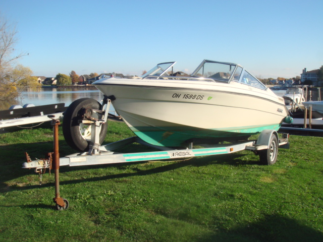 1995 Regal 176 Valanti  for sale at WWW Boat Services Inc.