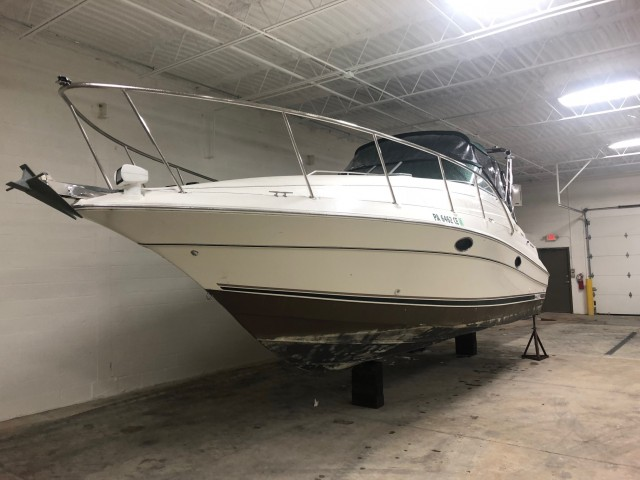 1999 Doral 300 SC  for sale at WWW Boat Services Inc.